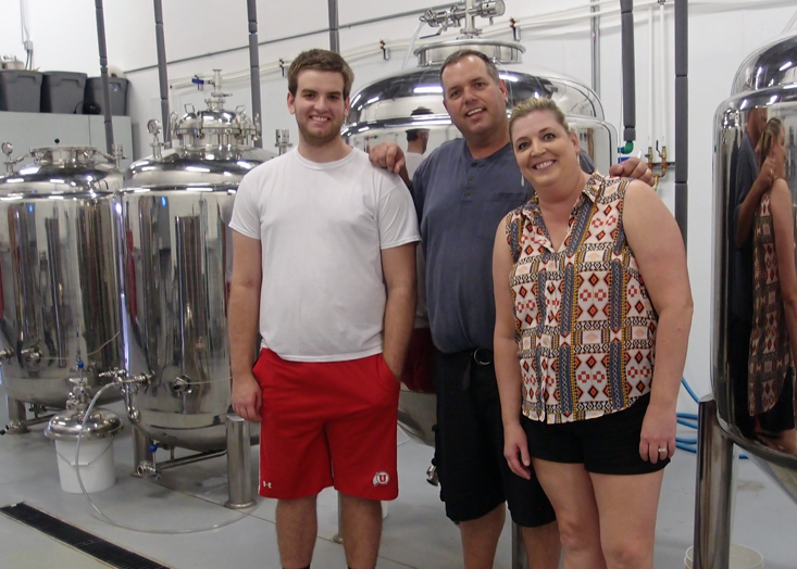 Family brewery 2 Row Brewing